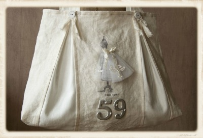 06 - Guriana - Dress Form Tote Bag