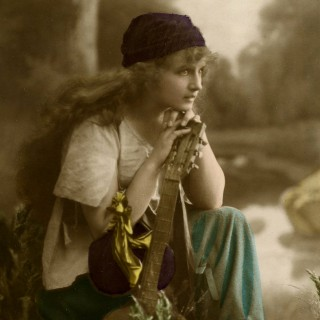 Stunning Vintage Gypsy Photo!
