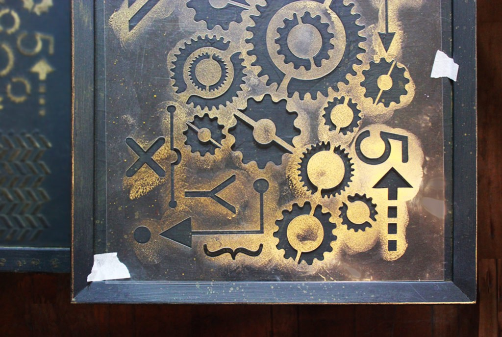 Vintage-Industrial-Finish-Stencil-Golden-Glimmer-Detail