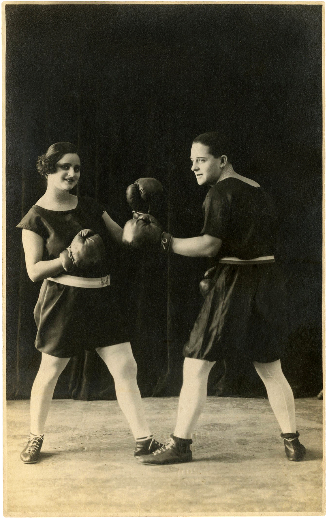 Vintage-Man-Woman-Boxing-Photo-GraphicsFairy