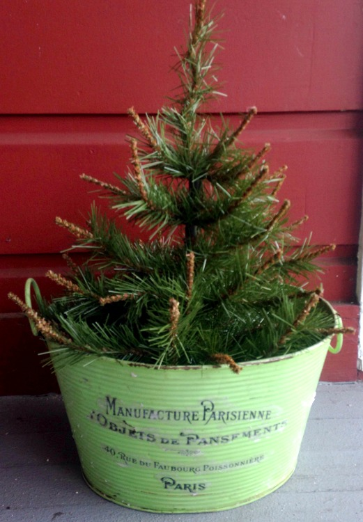 DIY Vintage Christmas Tree Planter - Reader Feature - The Graphics ...