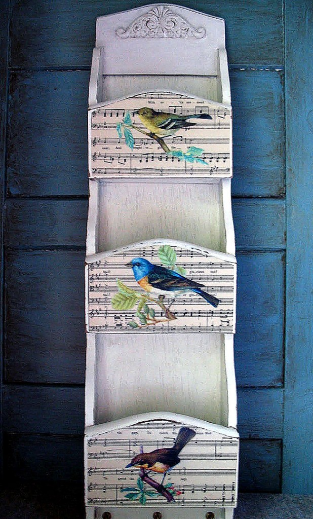 09 - My Shabby Chateau - Bird Mail Sorter