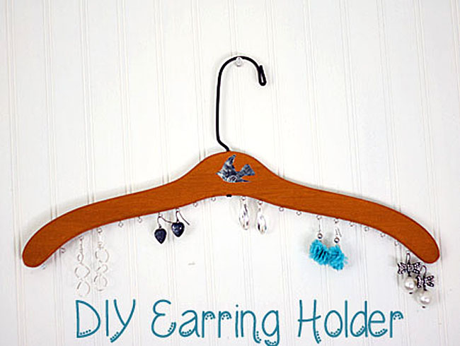 19 - Gina - Earring Holder