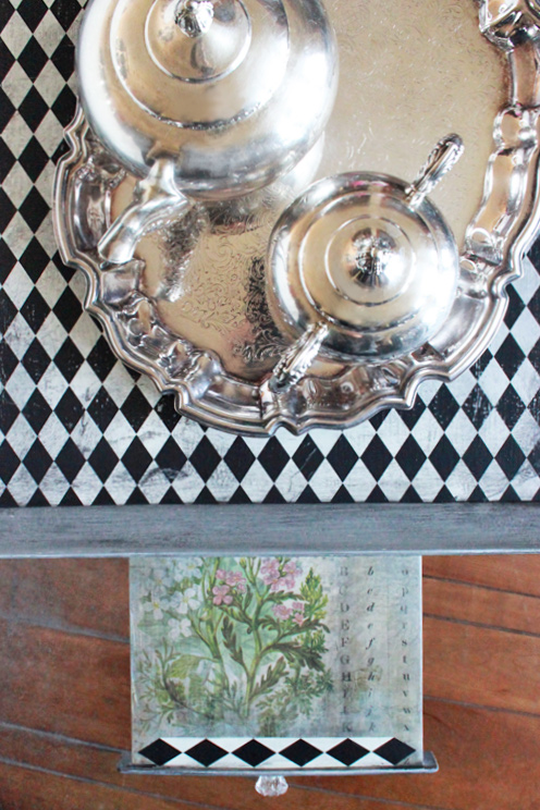 Mad Hatter Tea Table Slide Out Tray Detail