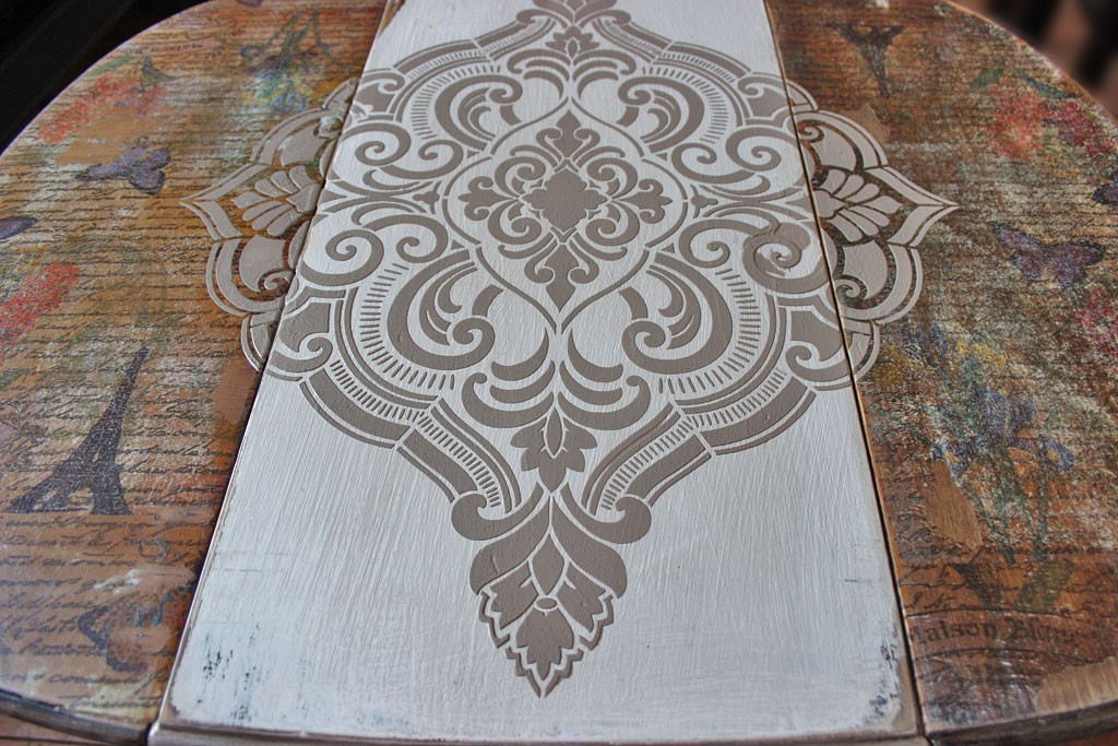 Raised Stencil Texture Technique The Graphics Fairy