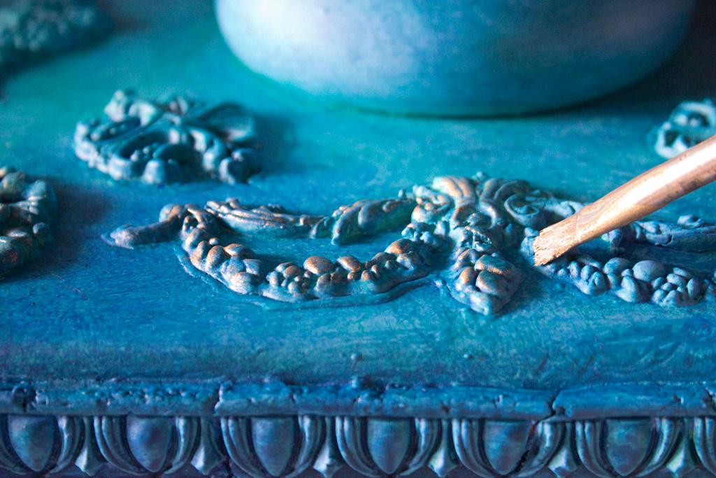Attirant Jewel Tone Furniture Finish Gilding Patina Application