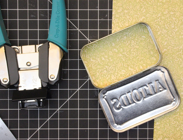 11 Altered-Altoid-Tin-Dry-Fit