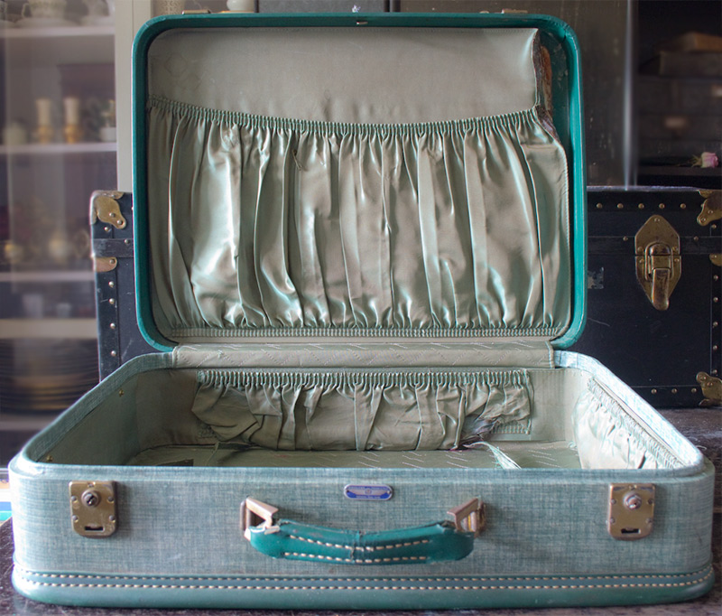 01 Painted-Vintage-Suitcase-Thicketworks-for-Heirloom-Traditions-at-The-Graphics-Fairy-Before