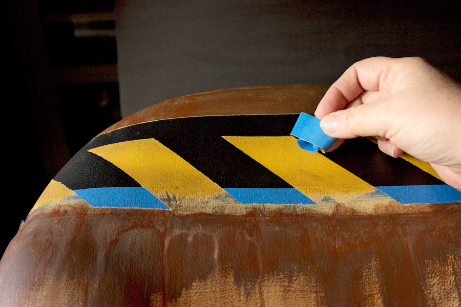13 How-to-Paint-Vinyl-Upholstery-Thicketworks-for-HTP-at-The-Graphics-Fairy-Reveal-Pattern
