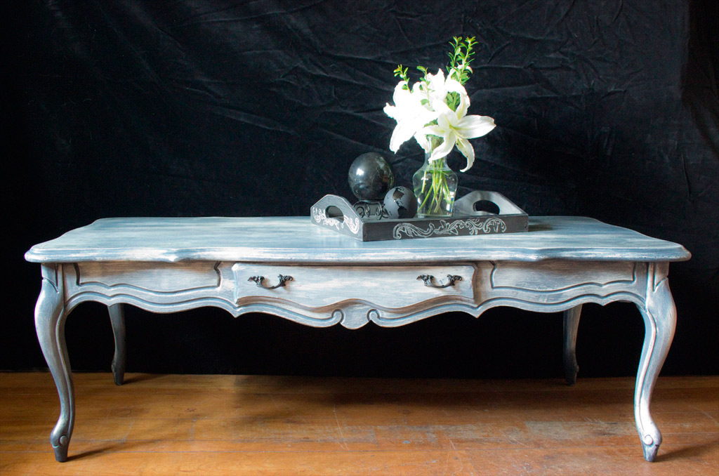 16 Weathered-Furniture-Finish-Thicketworks-for-Heirloom-Traditions-Paint-at-The-Graphics-Fairy-Final-Result