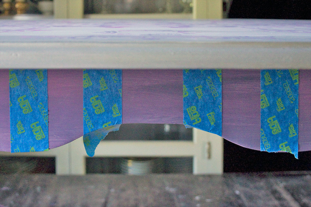 20-blended-color-stencils-and-stripes-heatherktracy-for-heirloom-tradtions-at-the-graphics-fairy-tape-blended-apron