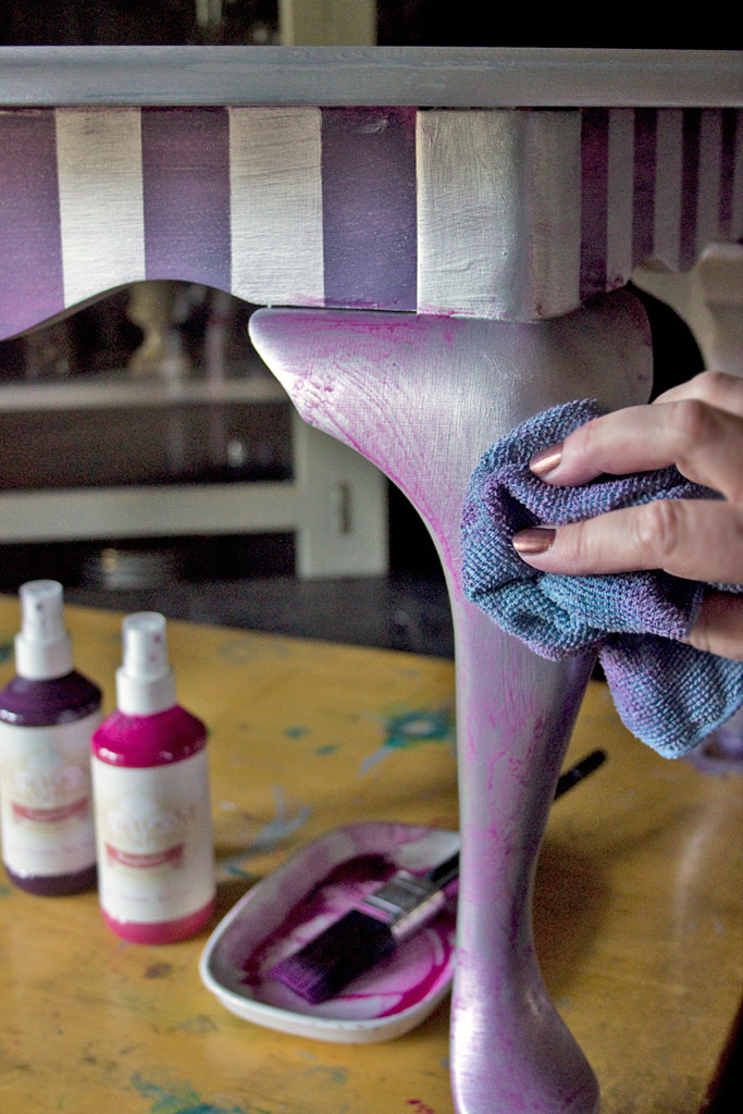 24-blended-color-stencils-and-stripes-heatherktracy-for-heirloom-tradtions-at-the-graphics-fairy-blended-waxes-wipe-back