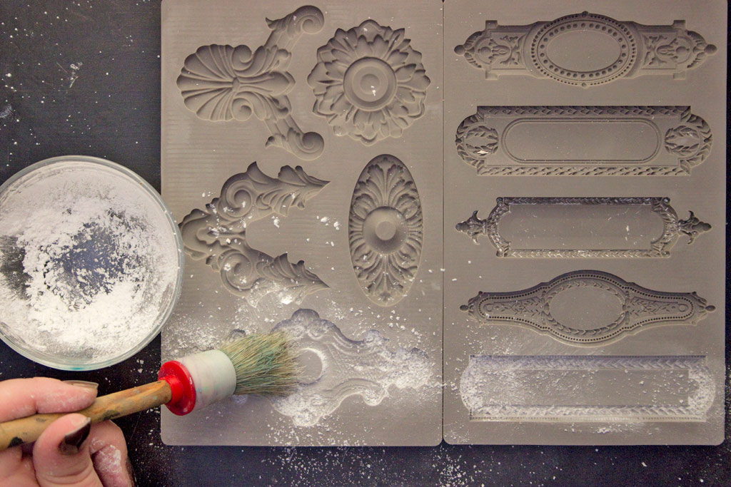 16-iod-artist-trading-books-hk-tracy-for-the-graphics-fairy-mould-prep