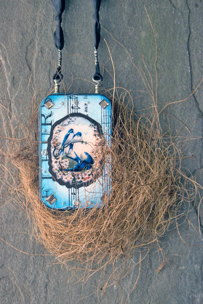 45-blue-bird-gift-tin-heather-k-tracy-for-the-graphics-fairy-complete-cover