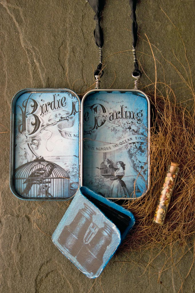 47-blue-bird-gift-tin-heather-k-tracy-for-the-graphics-fairy-interior-components