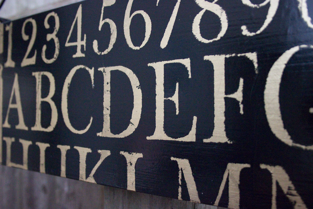 36-creating-metallic-effects-with-stamps-iod-graphic-sign-detail