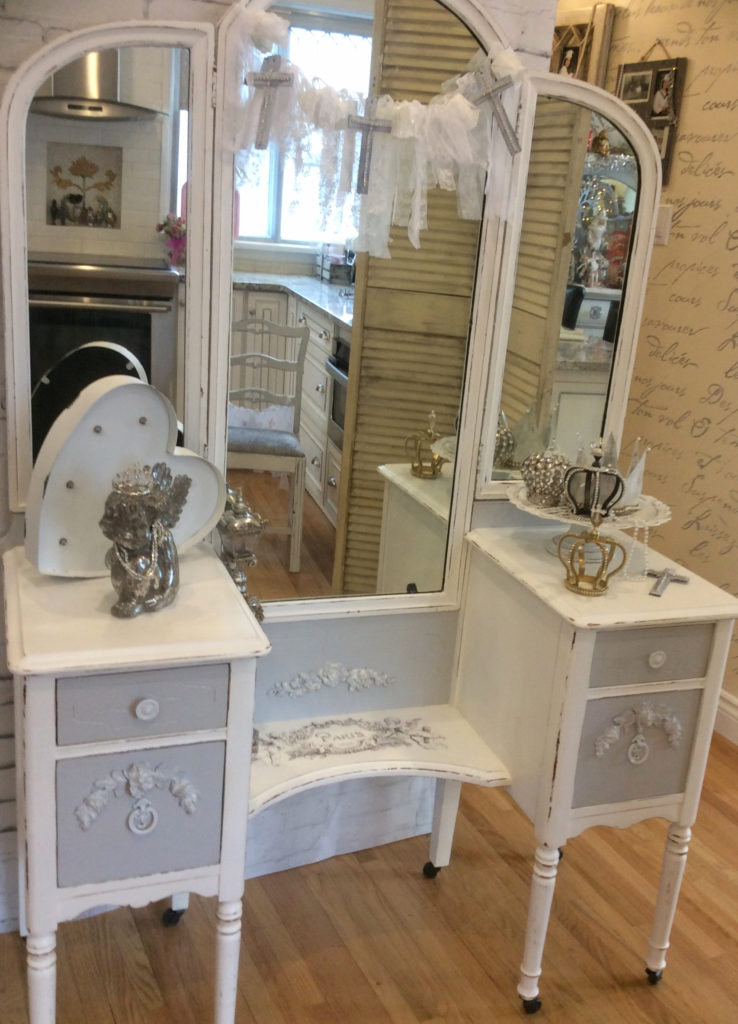 Cherub Antique Vanity Reader Feature The Graphics Fairy