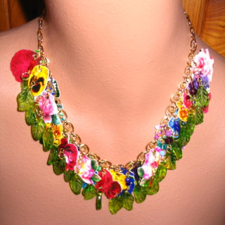 Spring Floral Necklace – Reader Feature