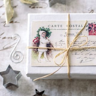 Vintage French Christmas Postcards – free printable!
