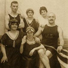 Nostalgic Victorian Swimming Costumes Photo!