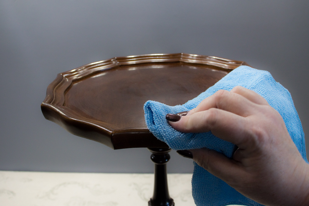 How To Paint Wood Furniture The Graphics Fairy