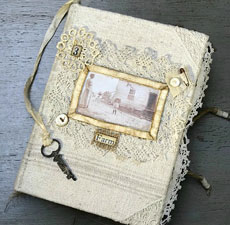 Farmhouse Junk Journal – Design Team – Cheryl