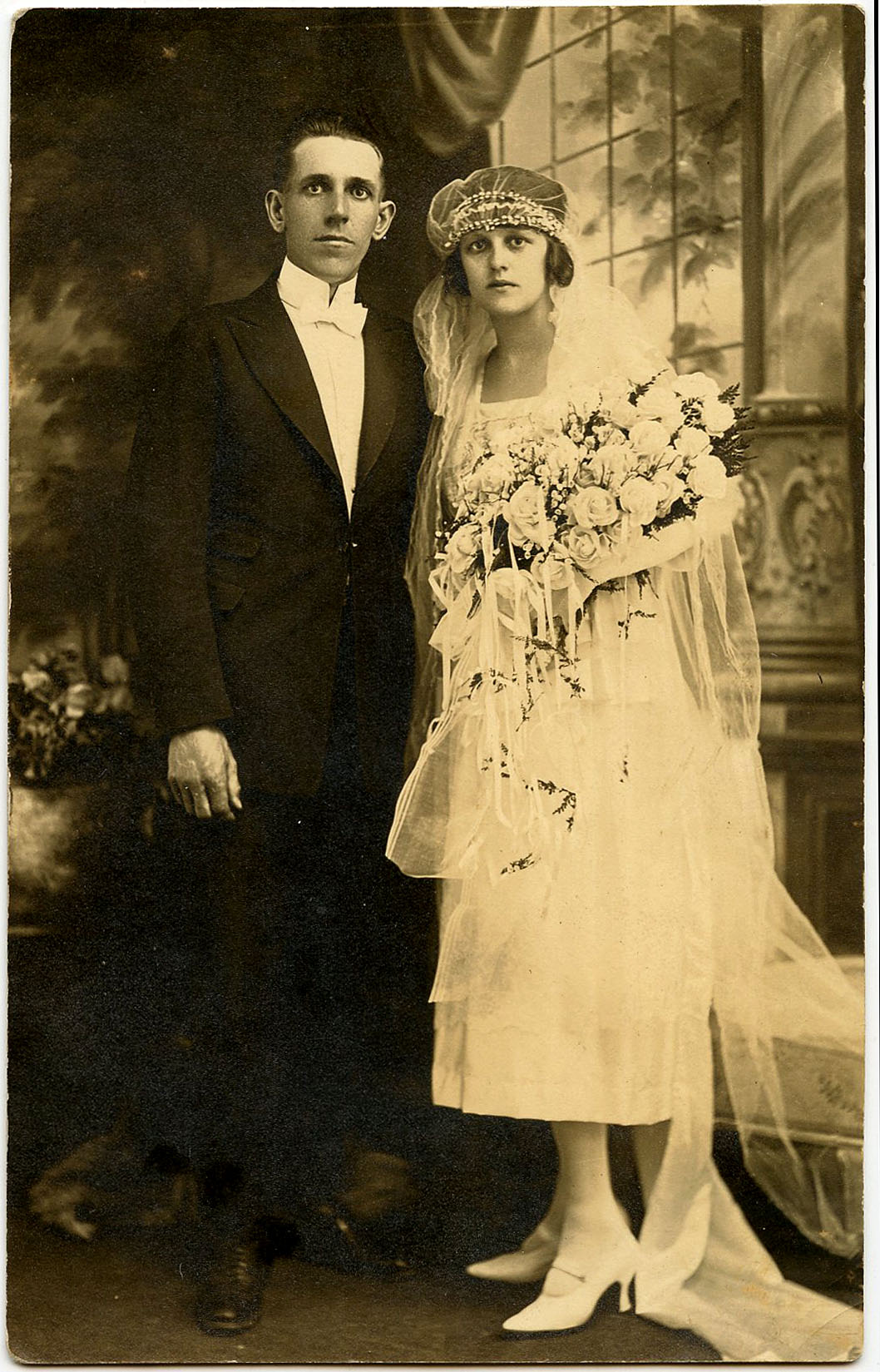 8 Old Wedding Photos