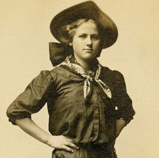 Old Photos – Vintage Cowgirl -3