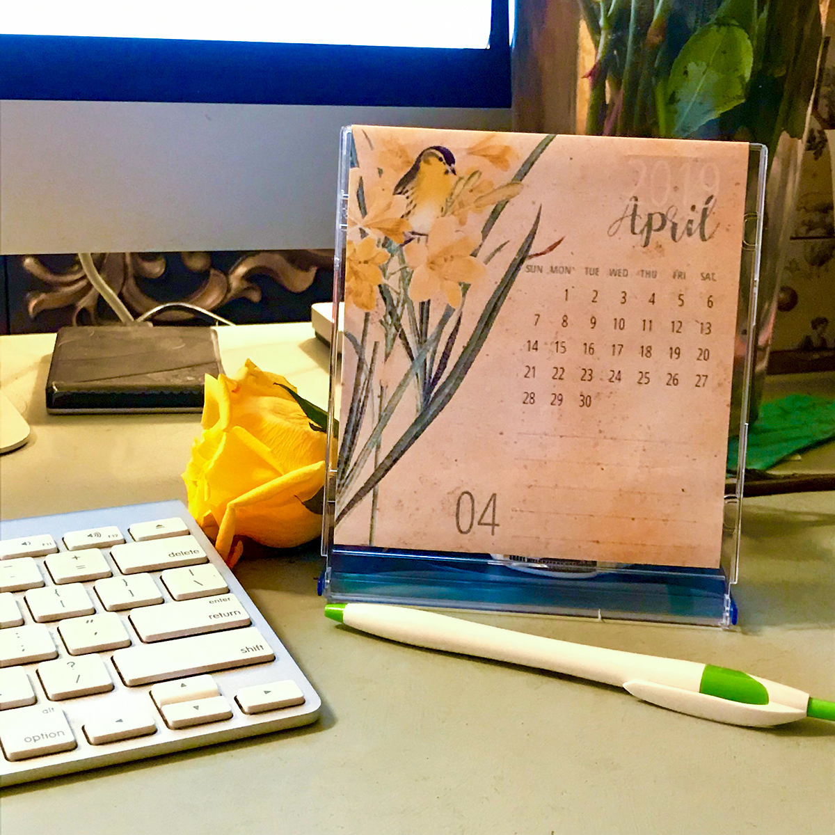 FREE Printable Calendar 2019 on Desk with Keyboard