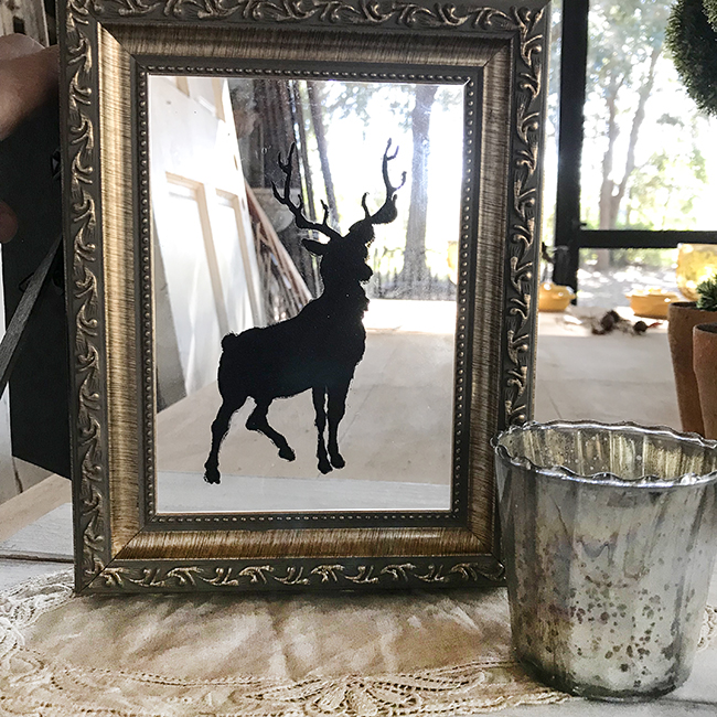 Reindeer with no back to frame