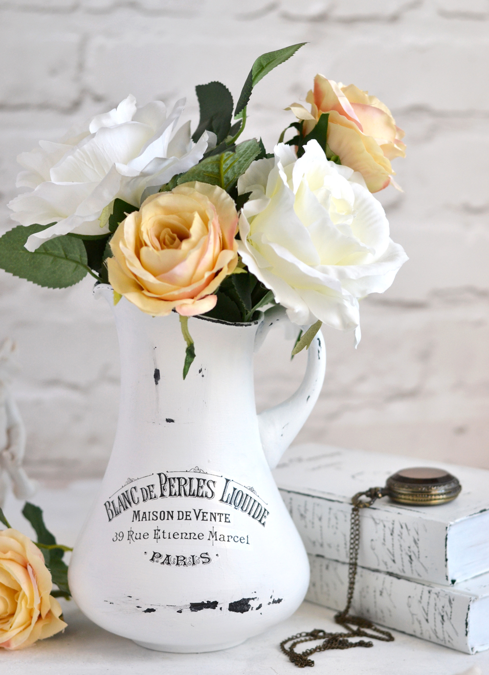 DIY Aged French Pitchers & free printable!