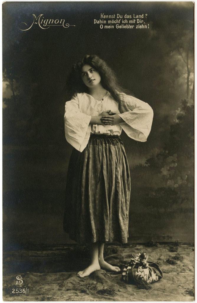 Romni Woman Mignon