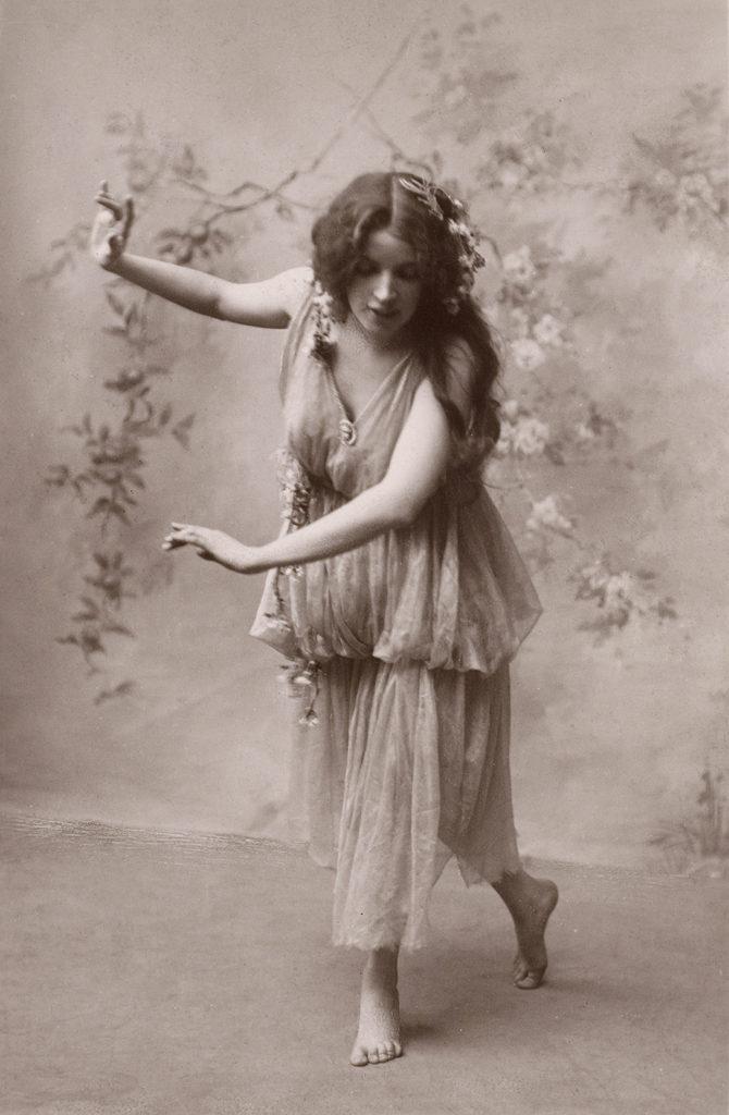 Bohemian Dancing Lady
