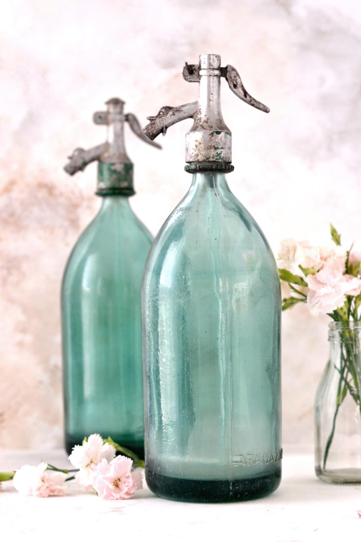 DIY 5 Minute Seltzer Bottles French Makeover