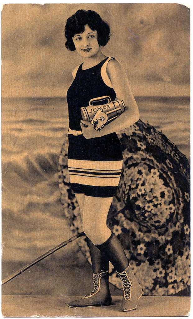 1000 Images About Retro Vintage On Pinterest: 9 Old Fashioned Swimsuit Pictures!