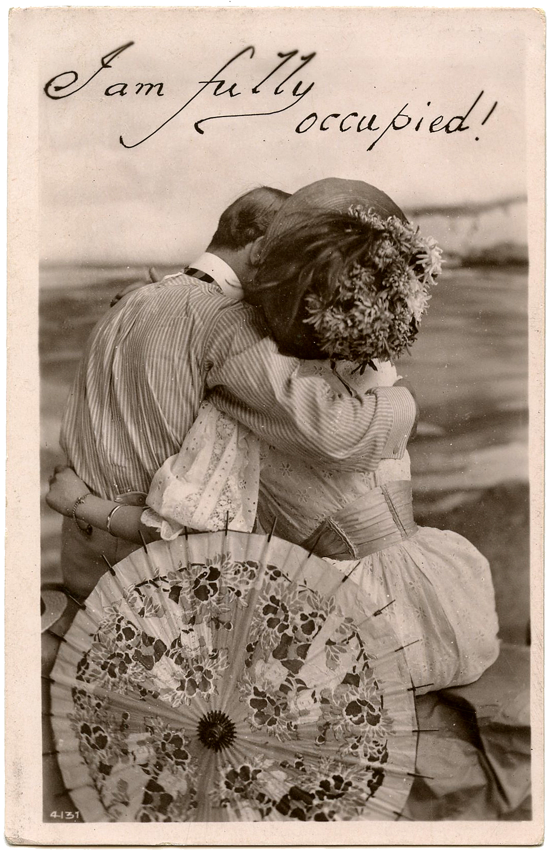 8 Old Fashioned Pictures of Couples! - The Graphics FairyOld Black And White Romantic Photos