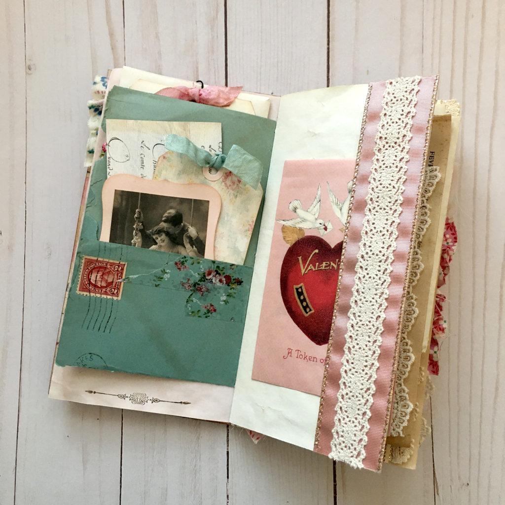Pocket for Shabby Romance Journal