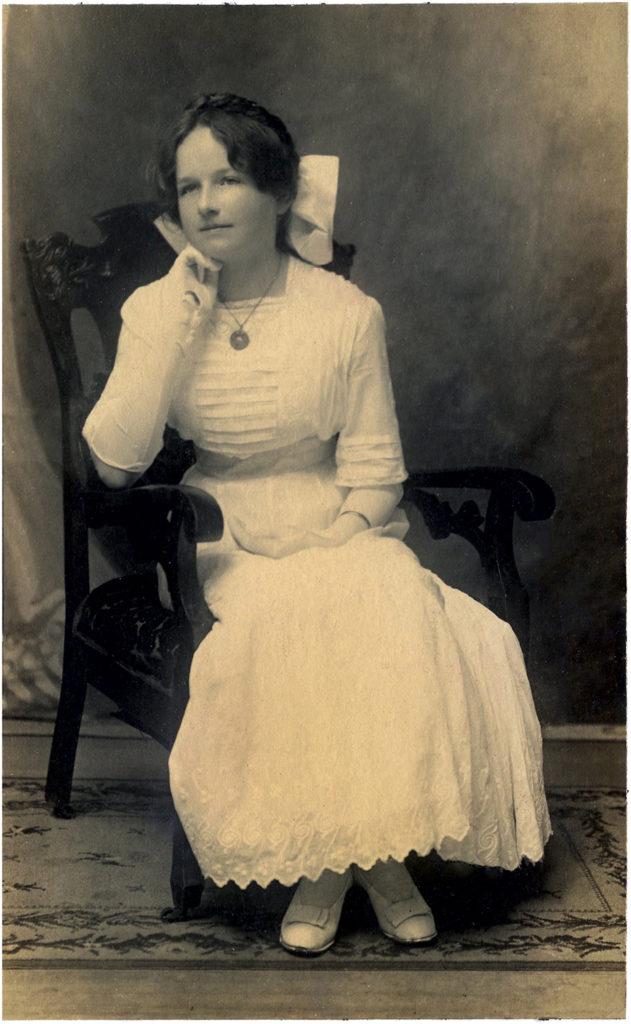 Edwardian girl vintage photo image