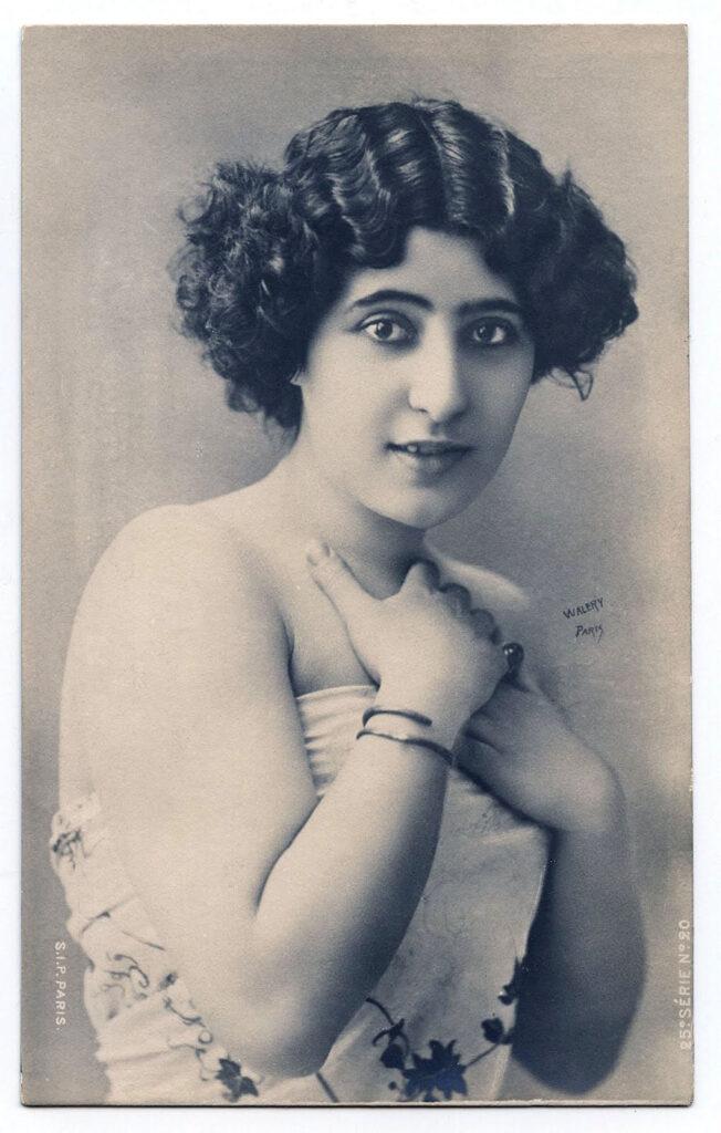 beautiful woman antique photo clipart
