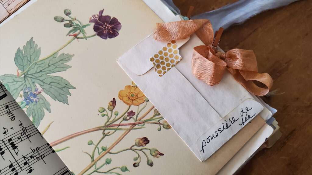 gold fairy dust mini envelope