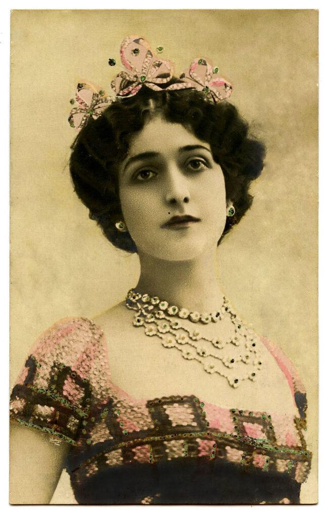 Lina Cavalieri actress crown image