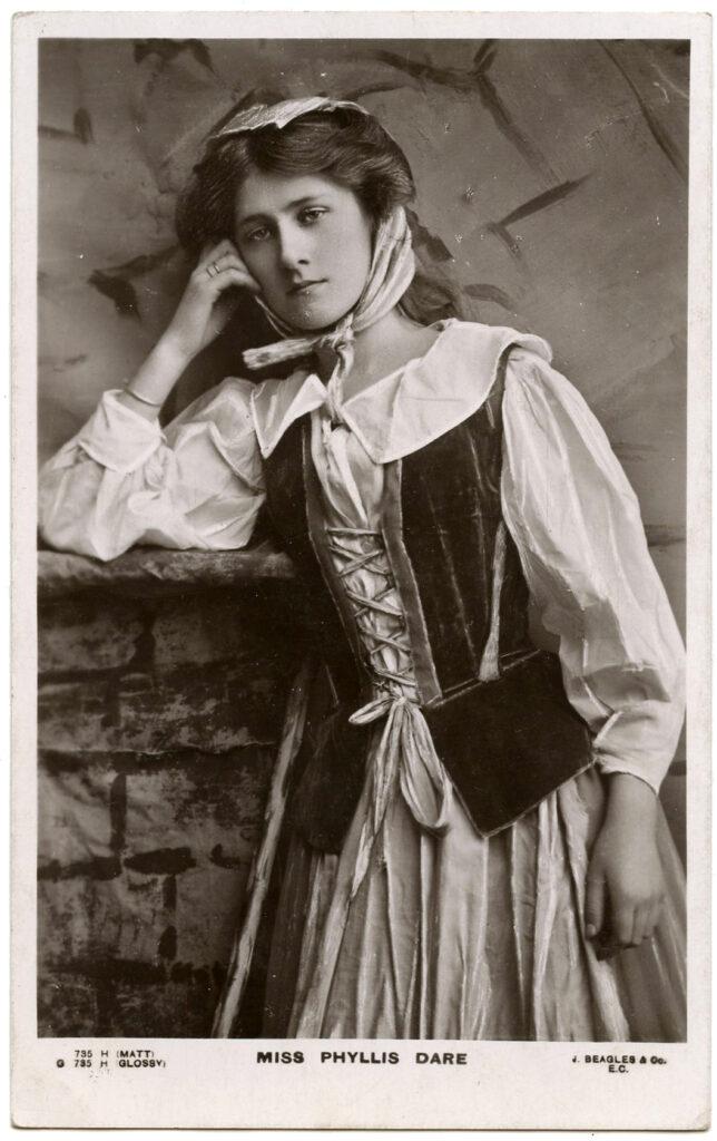 vintage actress Phyllis Dare Cinderella image