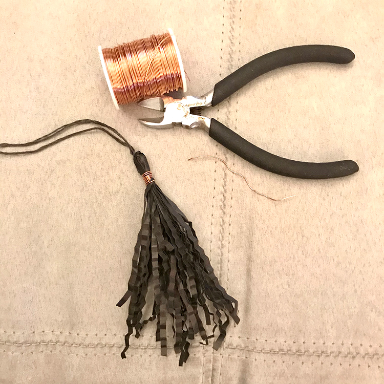Wrap paper tassel with copper wire