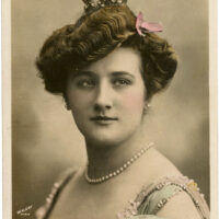 vintage actress queen image