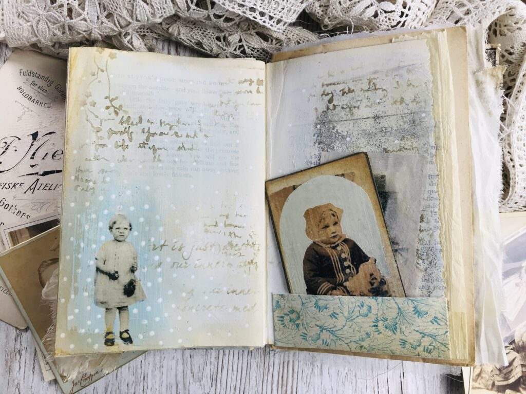polka dot journal page