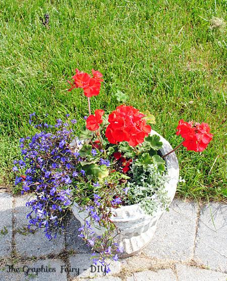 Plant a Garden Flower Pot - My Favorite Combo urns planters
