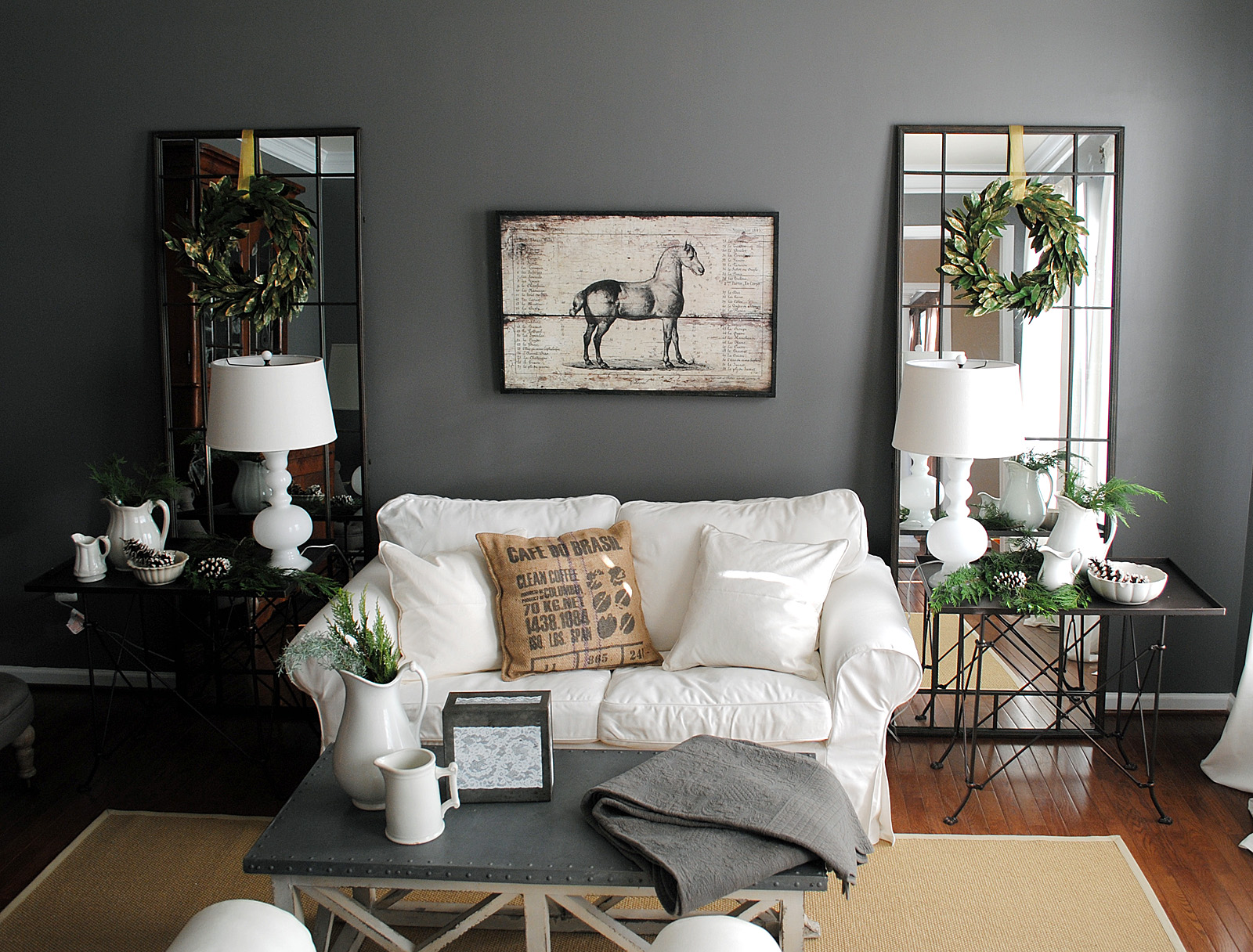 holiday house tour the living room the graphics fairy. Black Bedroom Furniture Sets. Home Design Ideas