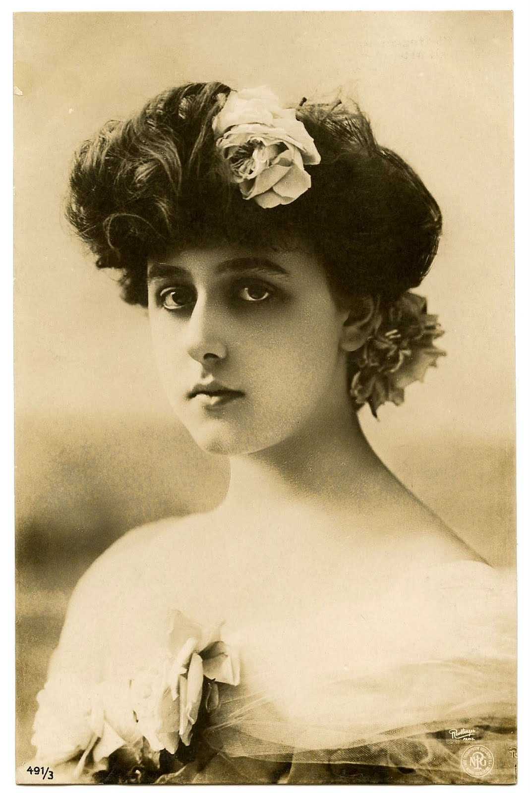 Old Photo Captivating Victorian Beauty The Graphics Fairy