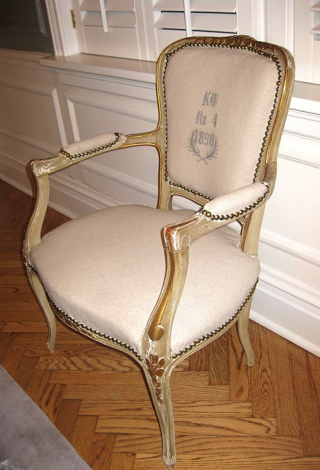 diedre actually purchased this chair for a mere she transformed it by it using the citra solv transfer method to apply the french