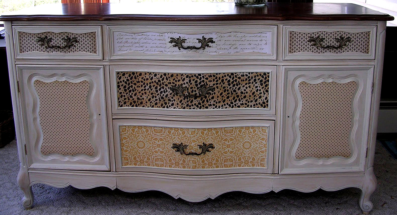 Decoupaged buffet the graphics fairy - Decoupage su mobili in legno ...